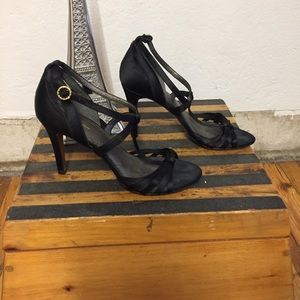 Brooks Brothers Satin Heels, 8.5
